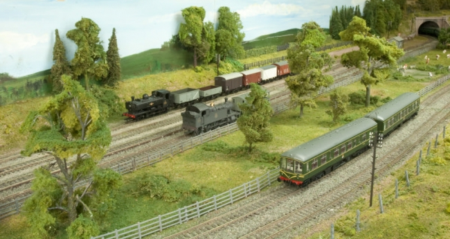 The Pannier shunts in the siding